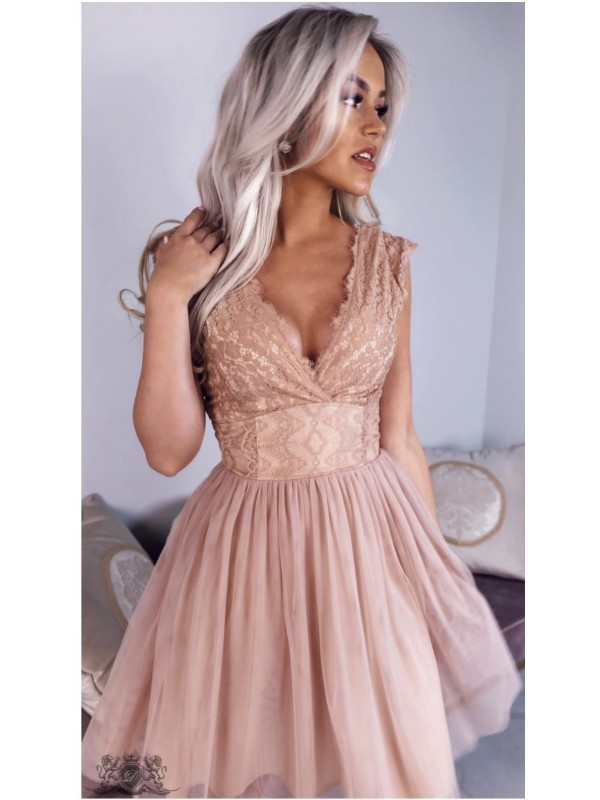 Robe Patineuse Cache Coeur Dentelle Nude Taille L Couleur Beige