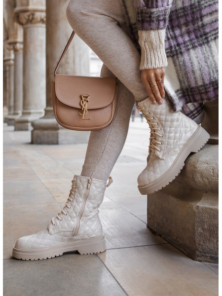 BOOTS MATELASSEES LACETS NUDE