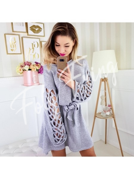 **** ROBE PULL MANCHES TORSADES GRIS PERLE ****