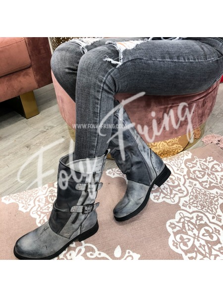 *** BOOTS ****