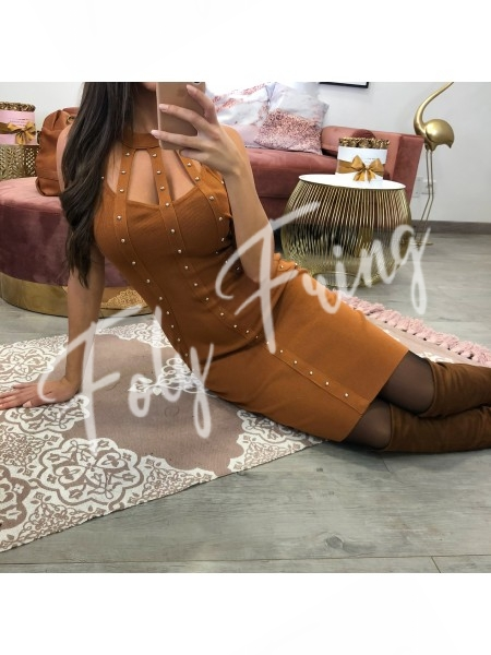 *** ROBE PULL COL AJOURE CAMEL ***