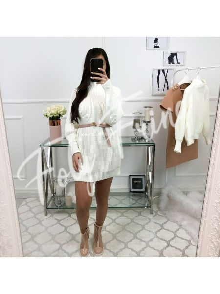 *** ROBE PULL COL MONTANT WHITE ***