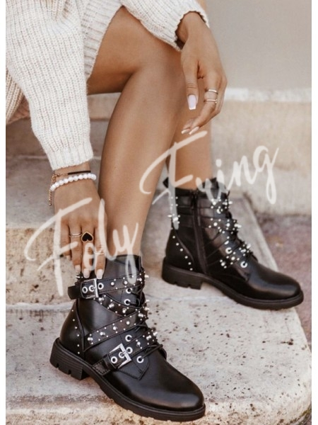 *** BOTTINES SPIKES BLACK ***