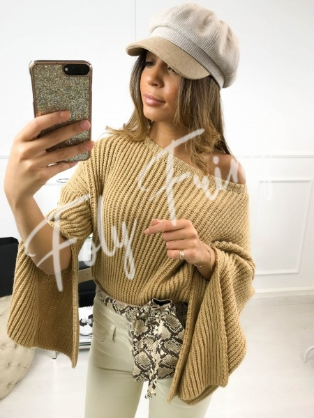 *** PULL CROPPED CAMEL ***